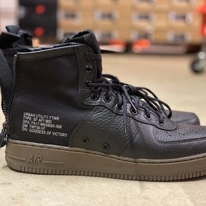 Nike SF Air Force 1 Mid Mens Shoes Black Size 11